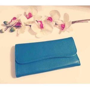 Handbags - Turquoise Make-Up Brush Holder